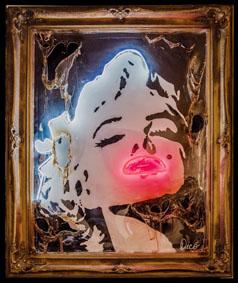 Enrico Dicò, Marilyn 1, Tecnica mista su tavola, neon e plexiglas