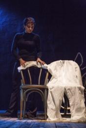 Monologhi-dellatomica-di-e-con-Elena-Arvigo-foto di Azzurra Primavera (1)